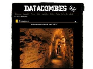 http://www.datacombes.com/ est réalisé avec Cms Made Simple